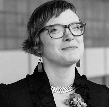 UIC alumna Beth Gutelius, MUPP '09, PhD '16