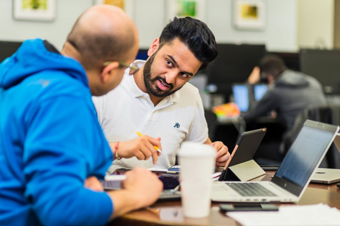 alumnus mentoring a student