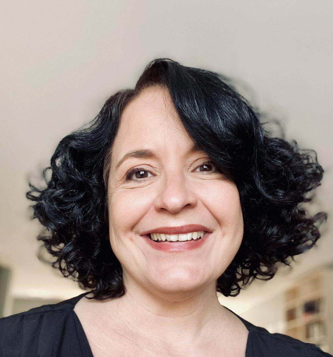 Dr. Rosilie Hernandez headshot